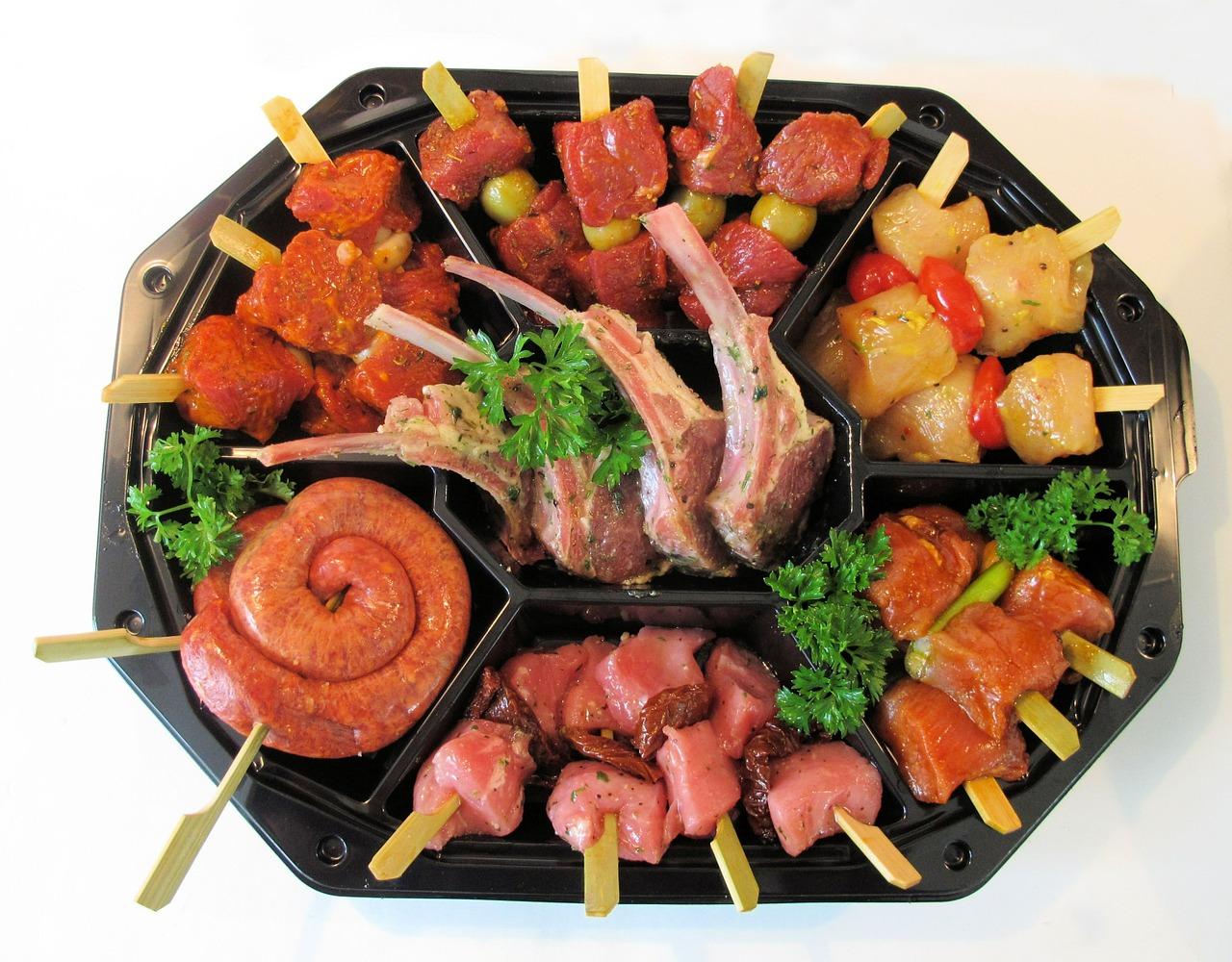 sausage-589346_1280